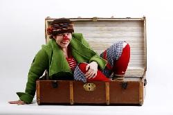Afbeelding › De Clown en de Koffer